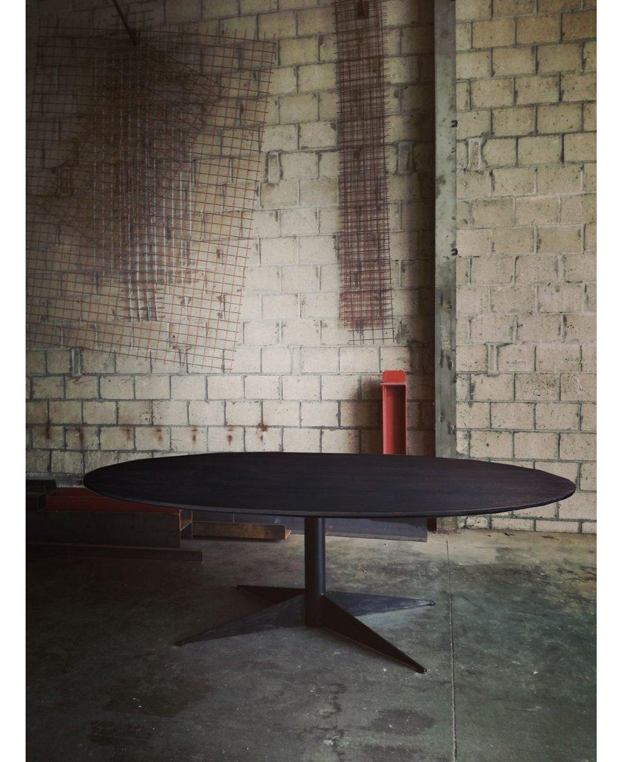 Tremendous Ovaler Tuliptisch Schwarz Design Von Eero Saarinen 2 000 00 Uwap Interior Chair Design Uwaporg